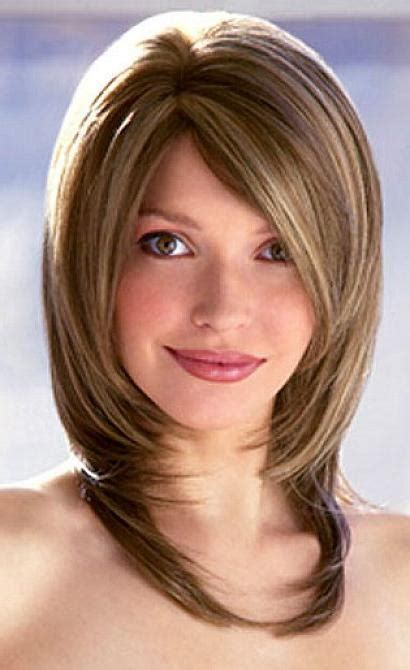 medium bobs haircuts 15 best of medium bob hairstyles with layers 4164