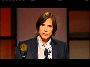 Jackson Browne accepts award Rock and Roll Hall of Fame ...