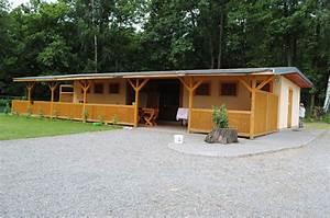 Kemp chatky s vlastním sociálním zařízením