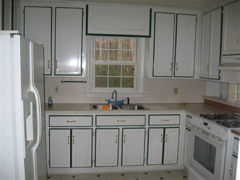 repainting metal kitchen cabinets repainting kitchen cabinets ideas vintage kitchen design 4723