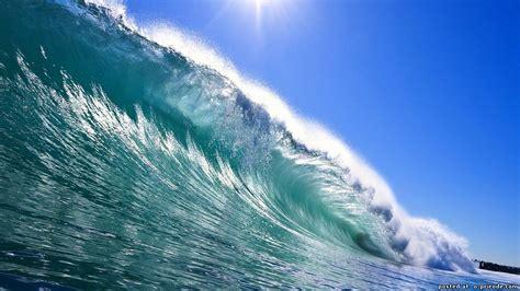 Установка получения энергии из воды использует энергию вертикального движения поплавка . facte