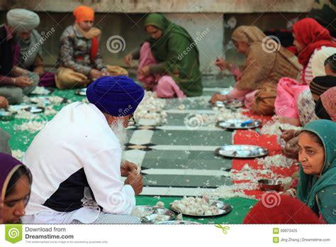 la plus grande cuisine du monde la plus grande cuisine gratuite du monde de harmandir sahib temple d 39 or image éditorial