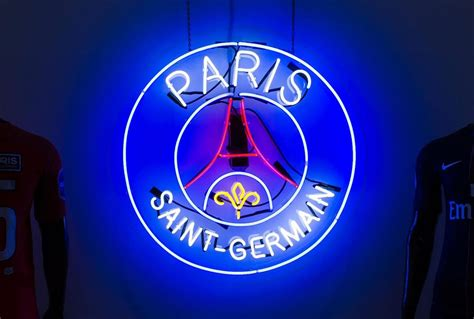 LA Galerie by Paris Saint-Germain Pop-Up Last Chance ...