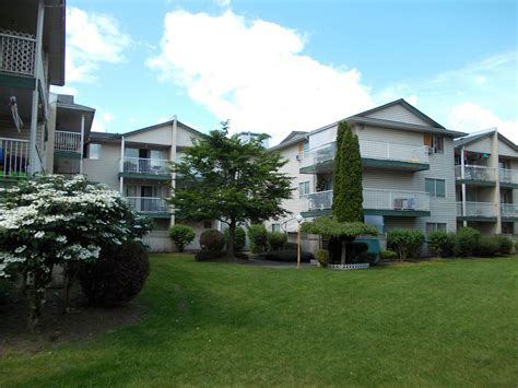 Park Lane Manor  Abbotsford Apartments Northern