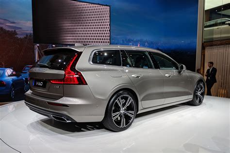 New 2018 Volvo V60 Revealed  Pictures  Auto Express
