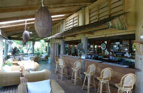 fascinating outdoor bar design ideas