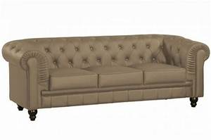 canape chesterfield cuir taupe capitonne 3 places With tapis rouge avec canapé chesterfield cuir blanc 3 places