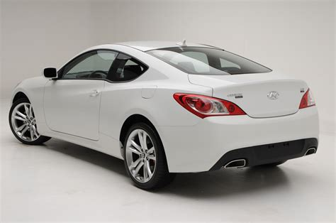 Hyundai Genesis R Spec by 2011 Hyundai Genesis Coupe R Spec Is Now On Sale In The Usa