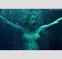 Rebecca Romijn Nude Top To Bottom In Femme Fatale Photo Nude