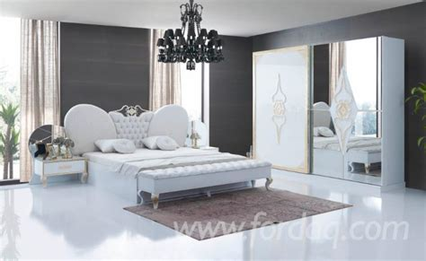 what does chambre in ensemble pour chambre à coucher design 1500 containers