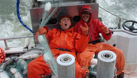 Alaska Fishing Boat Jobs Pay by Deckhand On Alaska Fishing Boat Job In Alaska