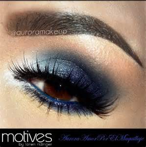 Brown Eyeshadow with Blue Eyes
