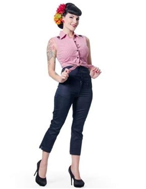 Capri High waist and Clothing on Pinterest