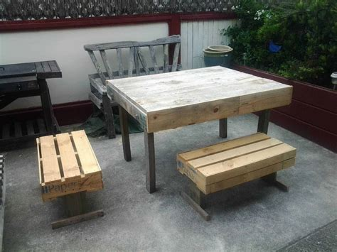 outdoor pallets table chairs  pallets