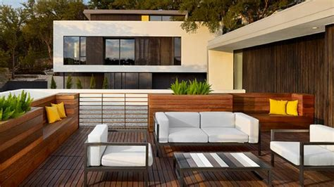 desain teras rooftop  bikin betah bersantai  rumah