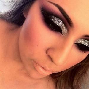 Dramatic Cut Crease Black Eyeshadow Heavy Silver Glitter ...