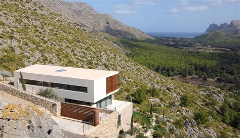 houses     hillside  home contemporist