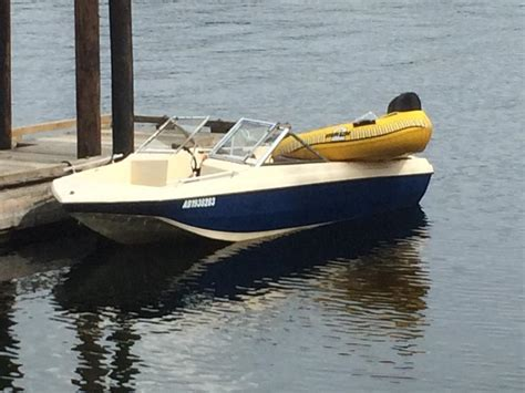 ***reduced*** 16 Ft 1983 Speed Boat Saanich, Victoria