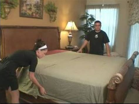 how to make a bed how to put flat sheets on beds youtube