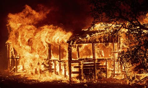fire wildfires redding carr building pattern risk areas deadly history burns near confronts development