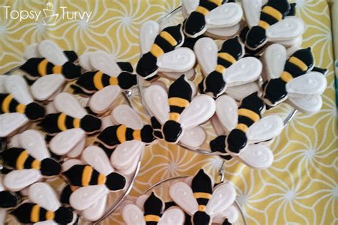 bumble bee sugar cookies ashlee marie real fun