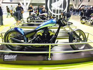 International Motorcycle Shows Stop In Long Beach  California