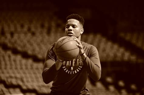 Report: Opinions On Markelle Fultz's Shot 'Diverge' Based ...