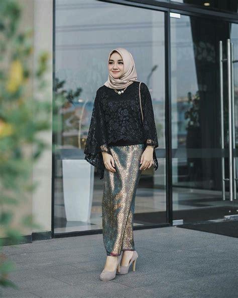 Enggak cuma untuk kondangan, dress brokat ala selebgram hijab ini juga bisa dipakai saat udah beli baju lebaran belum? The 25+ best Fashion baju hijab simple ideas on Pinterest