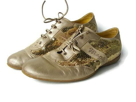 Sepatu Bruno Magli Made In Italy made in italy gold flats by bruno magli disco style gold