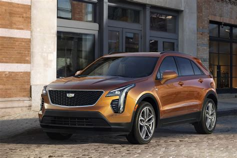 2019 Cadillac Xt4 Suv Promises More Tech In Smaller