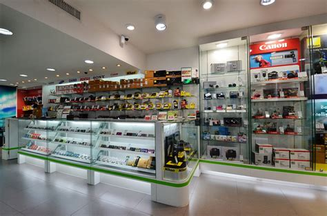 Kitchen Appliance Outlet Store Uk by Home Appliance Shopping In Lanmarks Shops Kerala Wedding