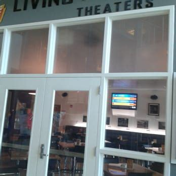 Living Room Theatre Boca Raton Fl by Living Room Theaters 100 Photos 39 Reviews Cinema