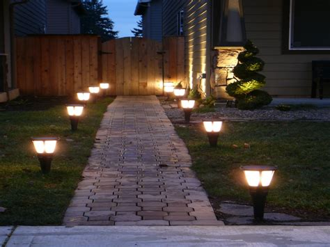 best solar garden lights best solar landscape lights outdoor accent lighting ideas