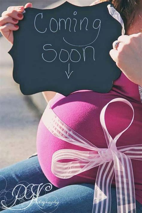 coming  photography poses pinterest maternity