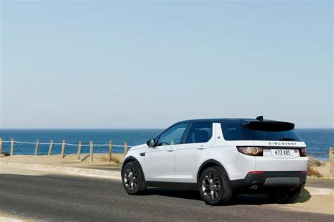 land rover discovery sport landmark edition rear quarter