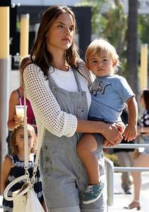 Alessandra Ambrosio: Family Shopping Day | Celeb Baby Laundry