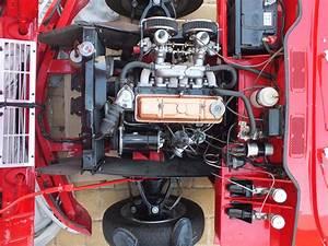 Triumph Spitfire4 (mk1) Engine bay looking very clean ...