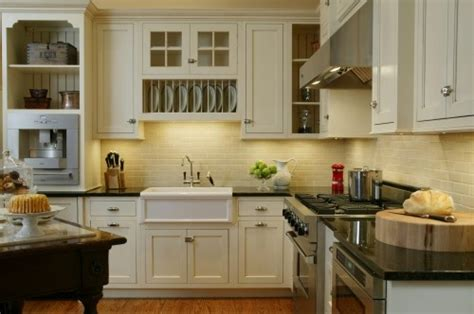 pictures of kitchens with white cabinets for the quot space quot above a sink with no window 9126