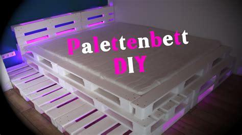 Bett Aus Paletten Anleitung by Palettenbett Mit Led Beleuchtung Diy Jbtv