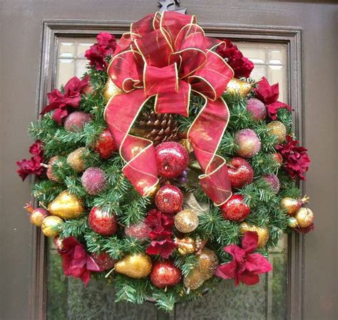 fruit wreath della robbia wreath traditional christmas