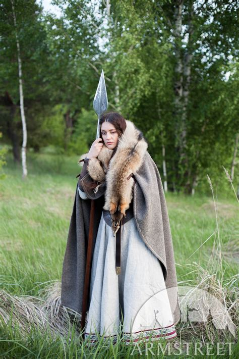 cape viking eydis la skjaldmoe  vendre disponible en