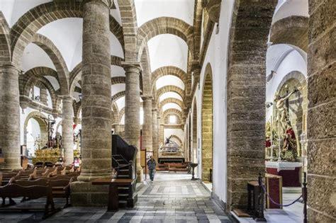 turismo ayuntamiento de cadiz iglesia de santa cruz