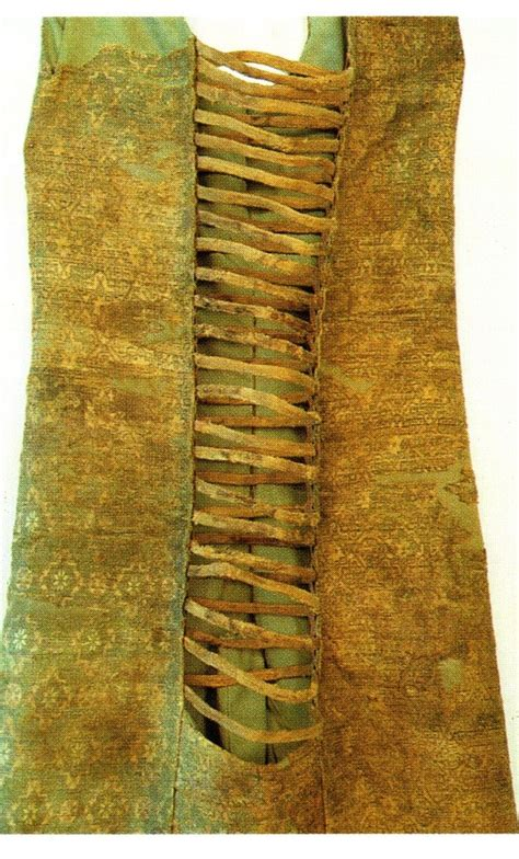 15 Best 13th Century Clothing Images On Pinterest