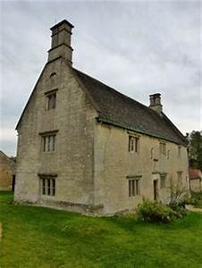 Woolsthorpe Manor in the UK. Family home of Sir Isaac ...