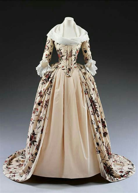 Dress, 1785, Dutch Republic, mordant and resist-dyed ...