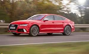 2017 Audi RS7 - Car Wallpaper
