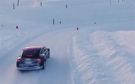 50+ Tesla 3 Snow Performance Pics