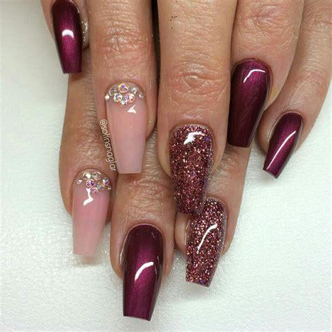 pin  geraldy molina matos  nails burgundy nail
