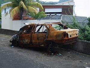 Carcasse De Voiture : encore une carcasse de voiture abandonn e ~ Melissatoandfro.com Idées de Décoration