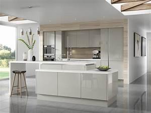 couleur pour cuisine 105 idees de peinture murale et facade With idee deco cuisine avec cuisine moderne gris clair